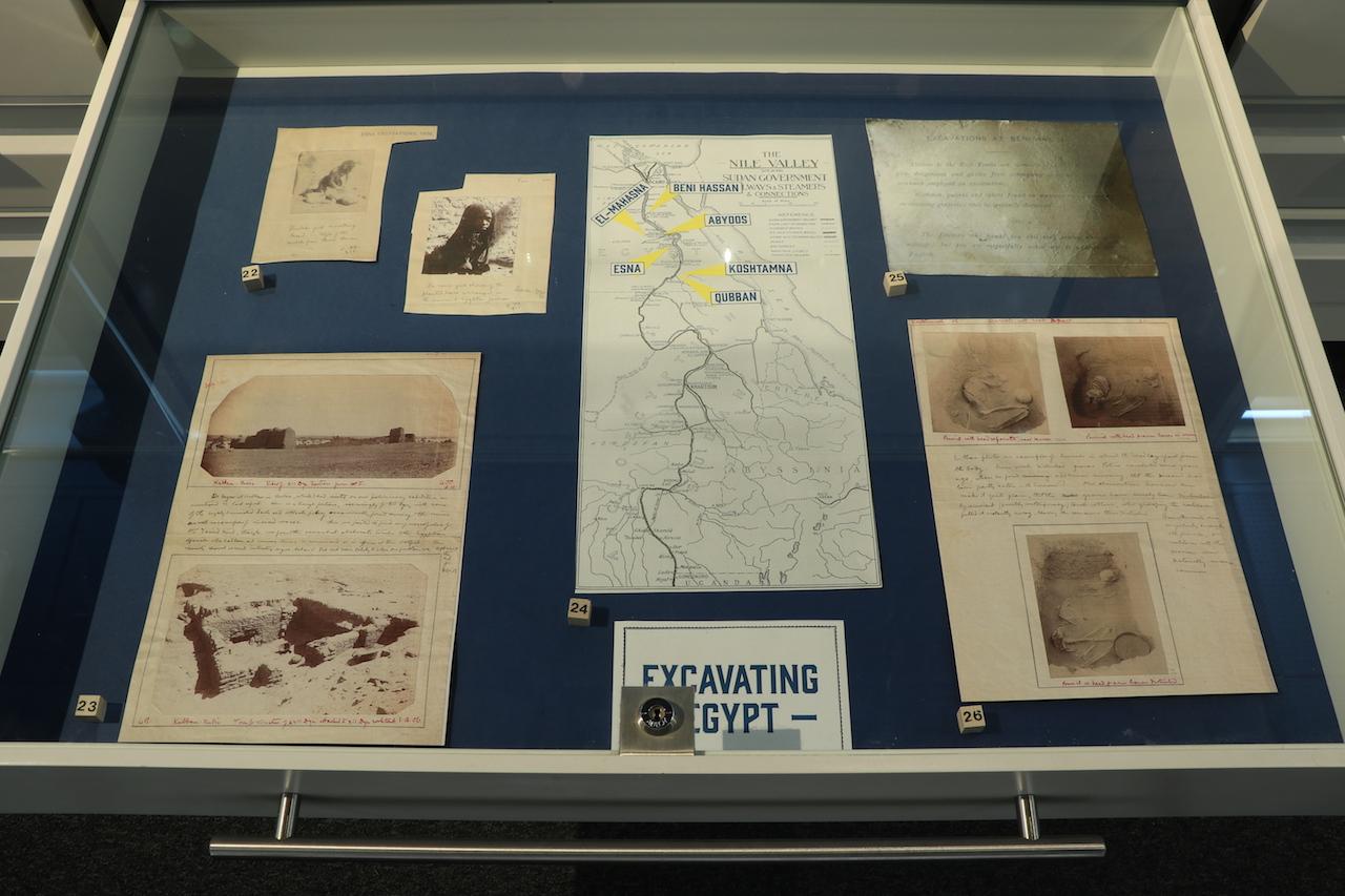 EGYPT IN READING: Excavating Egypt Drawer