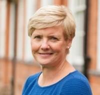 NEWS – Dr. Naomi Flynn (Associate Professor of Primary English Education, University of Reading) wins the 2021-2022 University of Reading Research Fellowship