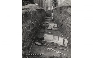 Photo of cist burials in front of the Lady Chapel at Glastonbury (© Historic England)