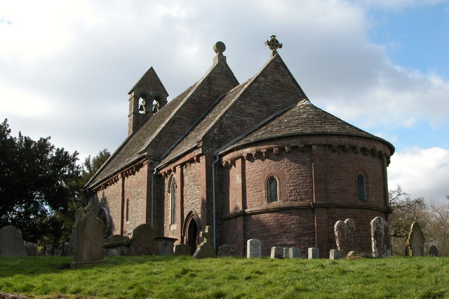 An example of a semi-circular apse at Kilpeck in Herefordshire (image: Philip Halling; license: CC BY-SA 2.0)