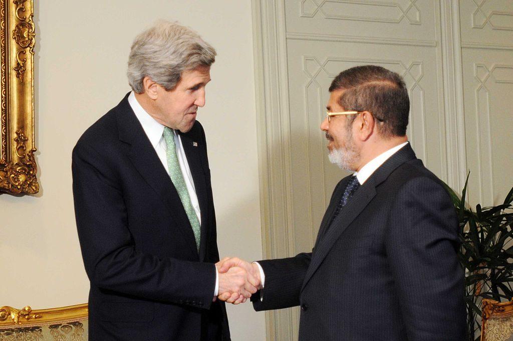 Mohammed Morsi meeting John Kerry in 2013.